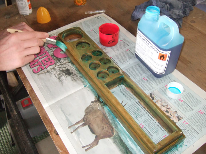 Painting the dashboard mould with liquid PVA